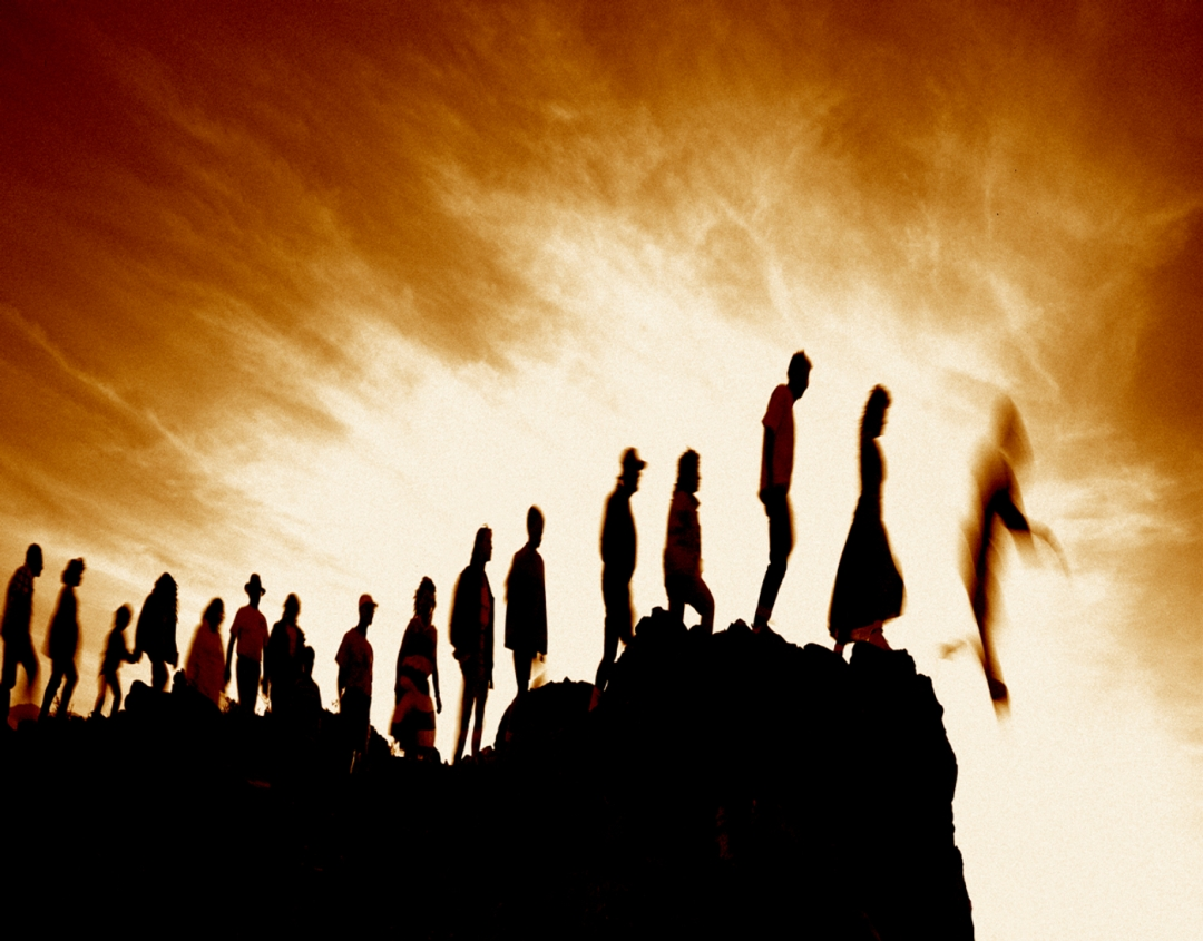 people-jumping-off-cliff2